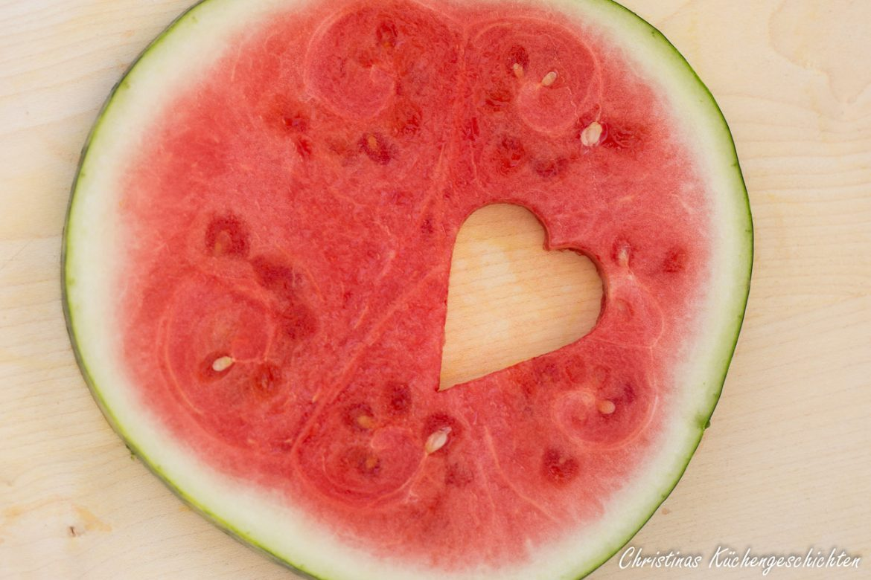 Muttertagsherz aus Melone